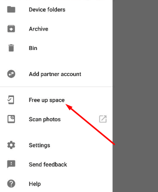 Free up Storage Space on any Android Device using Google Photos - Click Free up Space